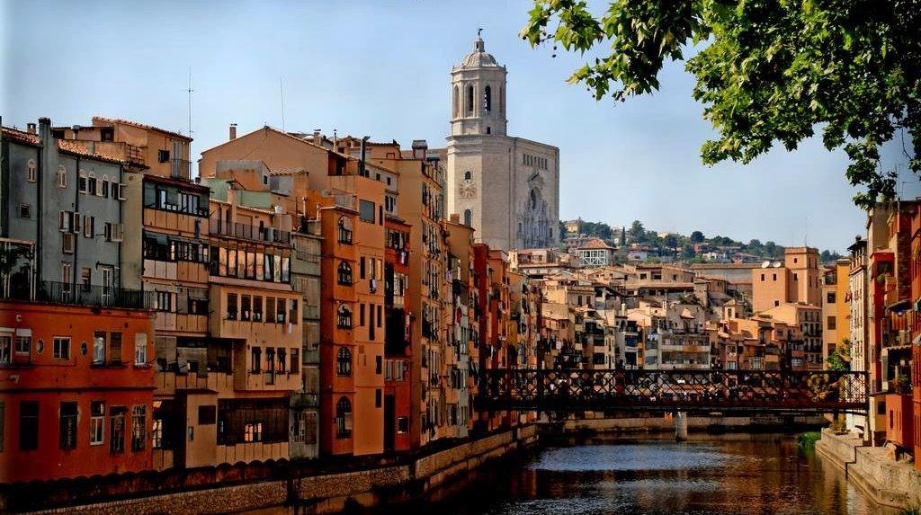 Экспорт и инвестиции в испании